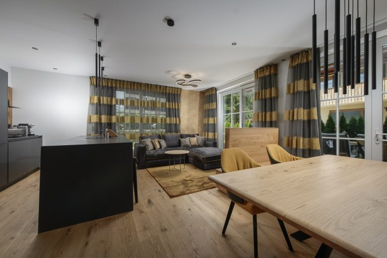 luxury-apartments-r6-tegernsee-apartment-2-wohnzimmer-1