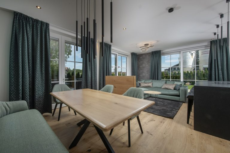 luxury apartments-r6-tegernsee-apartment-3-living room