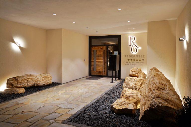 luxury-apartments-r6-tegernsee-ferienwohnung-bad-wiessee-bayern-eingang-ausen