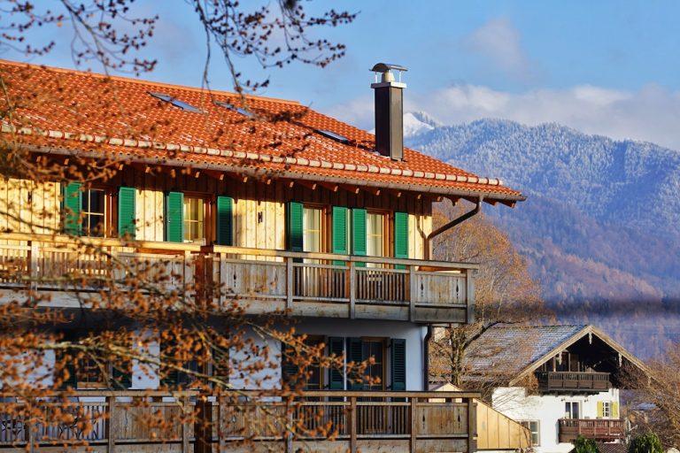 luxury-apartments-r6-tegernsee-ferienwohnung-bad-wiessee-bayern-haus-aussicht