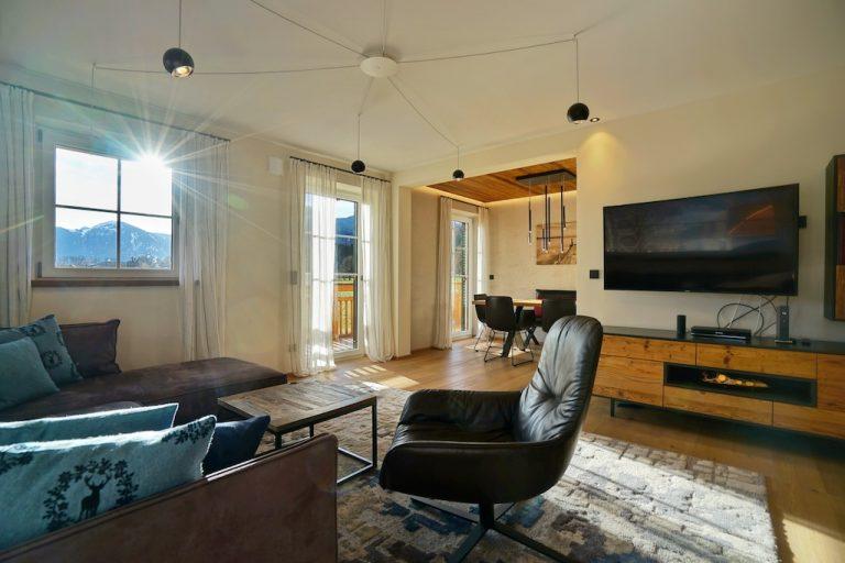 luxury-apartments-r6-tegernsee-sun-window